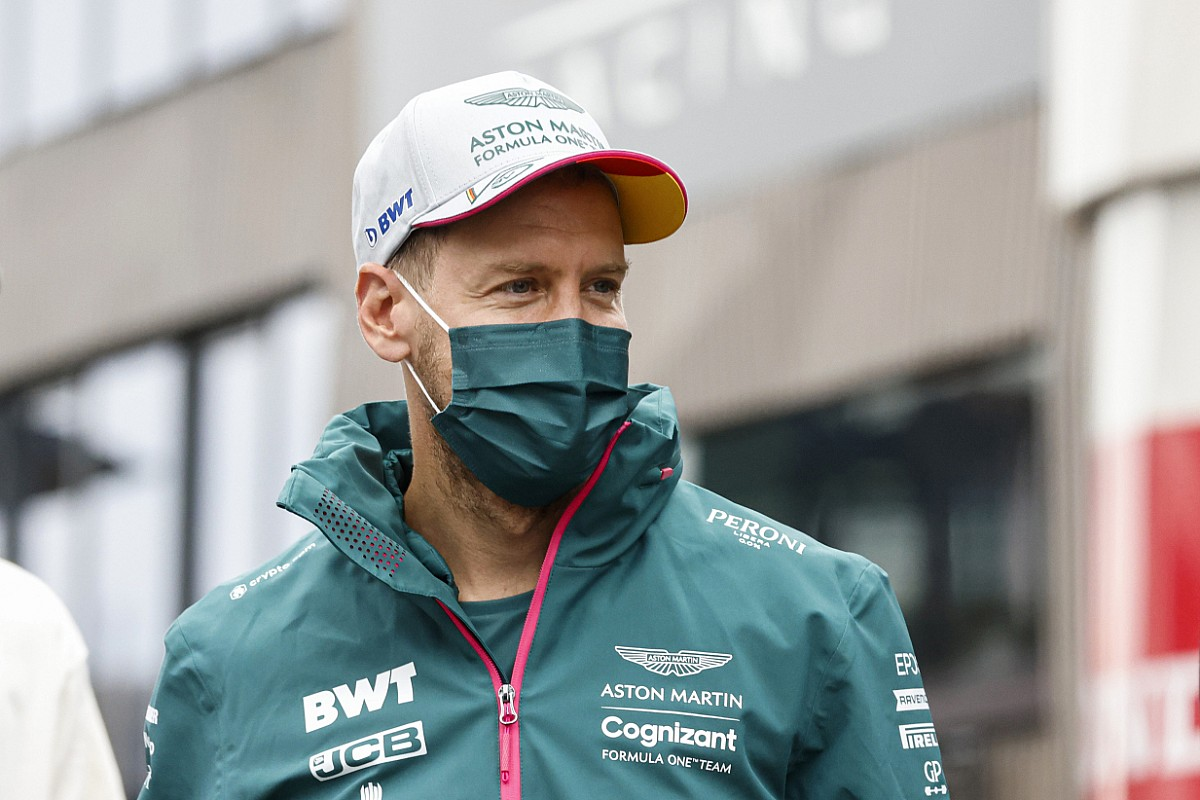 """Vettel: """"Wrong"""" to give F1 sprint race winners official pole stat"""