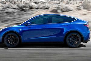 A Tesla szárnyalásáért cserébe 241 milliárd forint üti Elon Musk markát