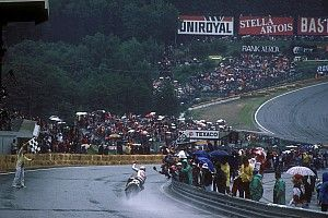 C'était un 6 juillet: Mamola vainqueur sous le déluge de Spa