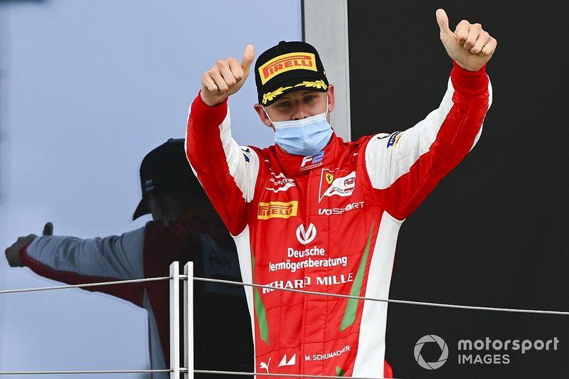 """法拉利:舒马赫需要""""足够的进步""""方可获F1机会"""