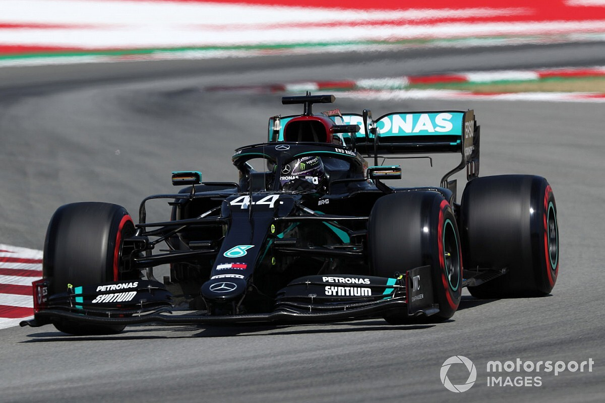 Wolff: Engine mode ban can make Mercedes faster in race