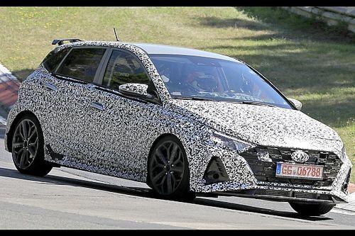Hyundai i20 N, le foto spia del prototipo in azione al Nurburgring