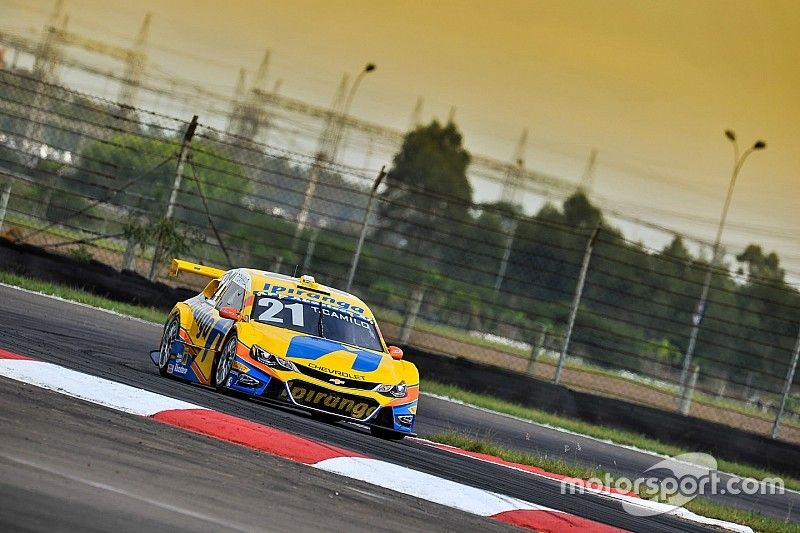 Camilo and Fraga win Race 1 and 2 at Velopark