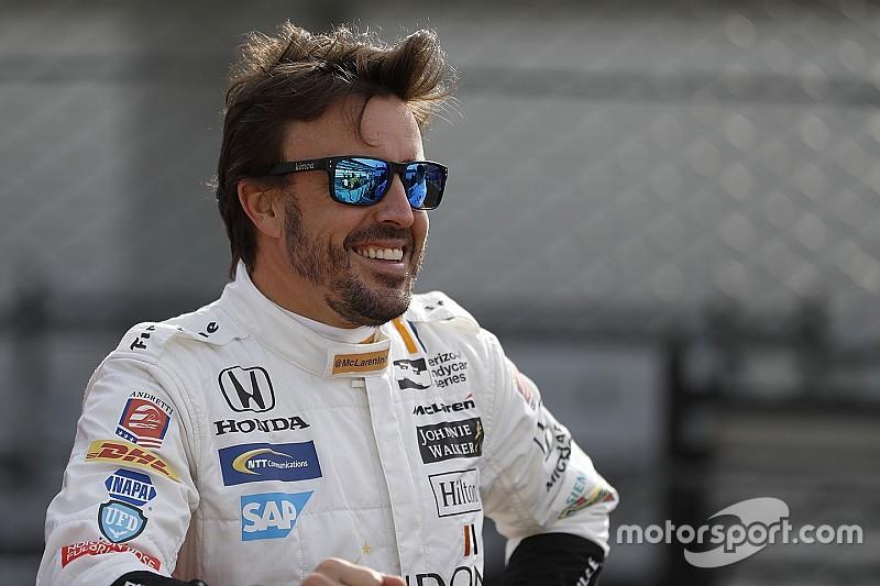 Алонсо возглавил «тесты новичков» перед Indy 500