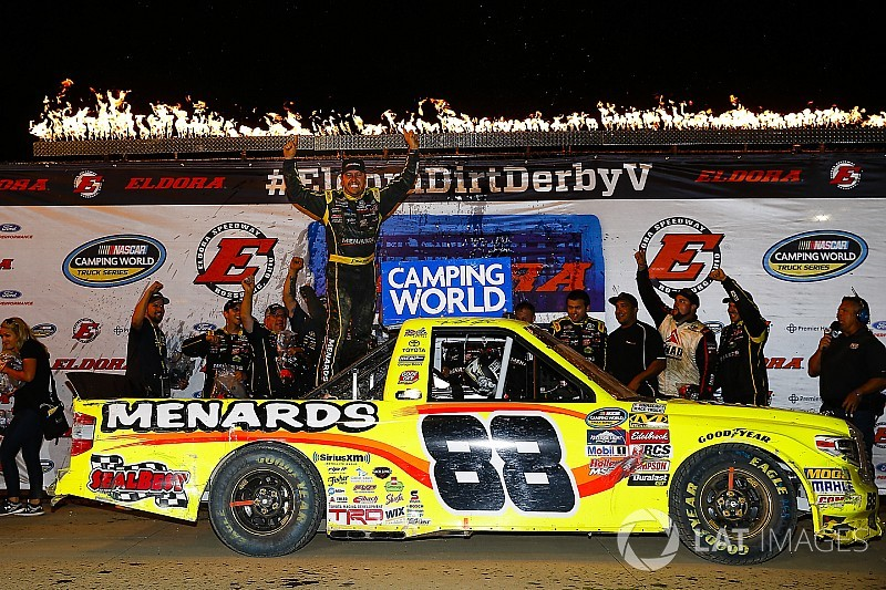 Matt Crafton surprises with first NASCAR Truck win at Eldora