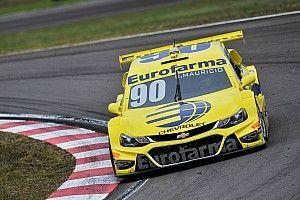 Ricardo Maurício vence corrida 2 após azar de Fraga