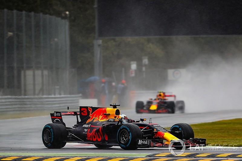 Verstappen és Ricciardo óriásit ment, de irány a rajtrács vége!