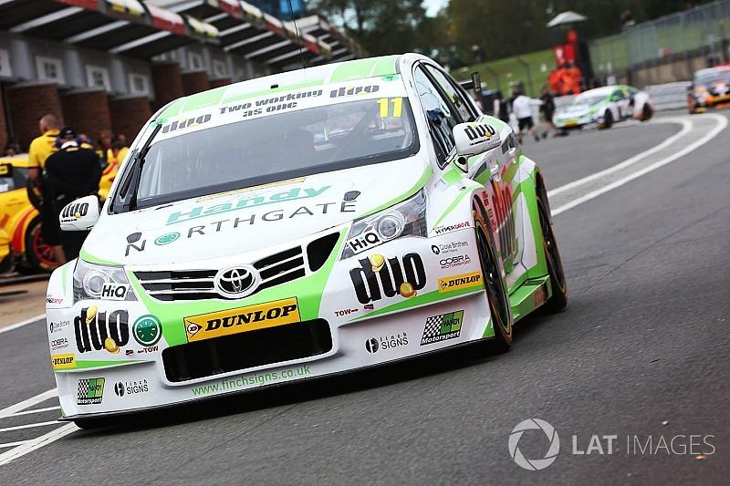 Brands Hatch BTCC: Austin wins final race, Sutton third