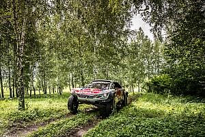 """Étape 3 - Loeb repasse en tête du """"Silk Way Peugeot"""""""