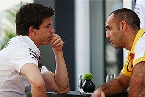 СМИ: Mercedes подкупил Renault, чтобы снять протест с Racing Point