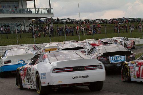 NASCAR Pinty's finale postponed until Sunday