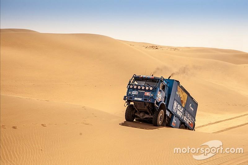 450公里纯沙漠赛段 丝绸之路拉力赛中国境内勘路开始