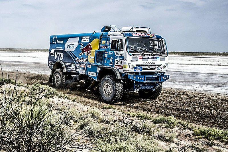 "Silk Way Rally Stage 9: Ürümqi-Hami ""The golden dunes"" - video"