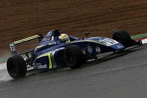 Fórmula 4 Últimas notícias Carlin resolve não disputar F4 britânica em 2018
