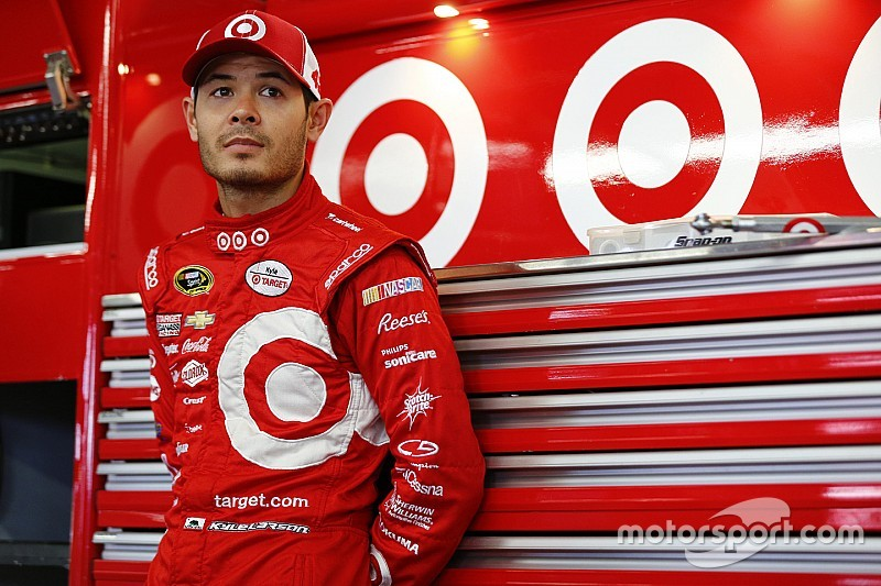 Larson completes practice sweep at New Hampshire