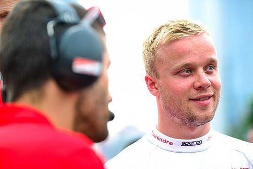 Rosenqvist testa carro da Chip Ganassi novamente