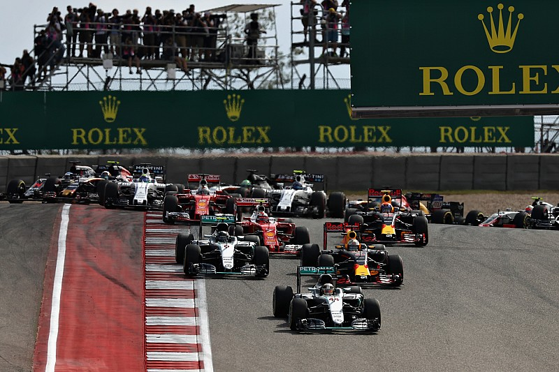 Liberty agrees $1.55bn deal with investors for F1 purchase