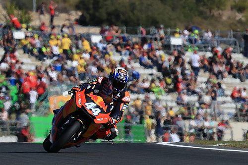 Moto2バレンシア決勝:オリベイラ3連勝で来季に手応え。中上は7位