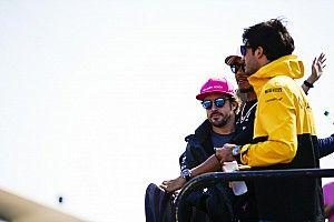 """Alonso: """"Elegiría a Sainz y a Verstappen si crease un equipo"""""""