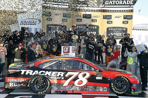 Truex takes emotional win for Furniture Row Racing at Kansas