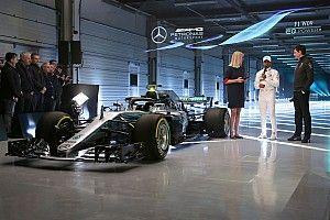 Hamilton espera que el W09 sea más consistente que su antecesor