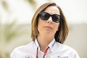 """Williams admits future looks """"bleak"""" without F1 plan"""