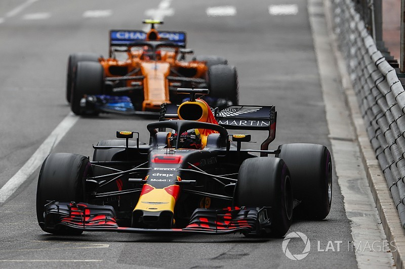Ricciardo diz que analisa propostas da Renault e da McLaren