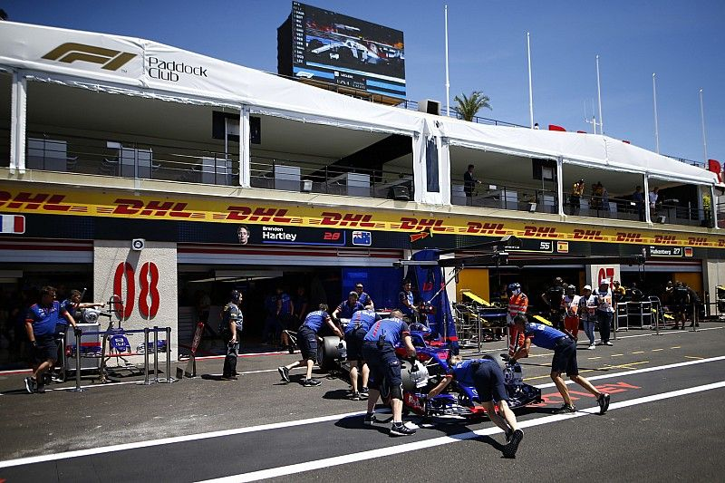 Hartley start na motorwissel achteraan op Paul Ricard