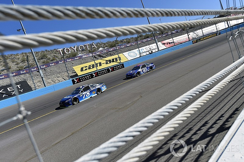 Definen a finalistas que disputarán el título de la NASCAR Cup