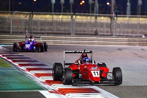 MRF Abu Dhabi: Pekan sempurna Drugovich, Presley keempat di Race 4