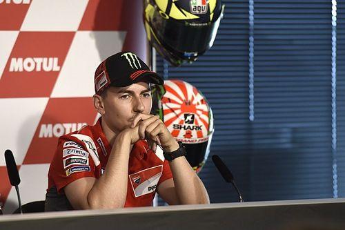 """Lorenzo: """"No voy a salir del box pensando en el Mundial"""""""