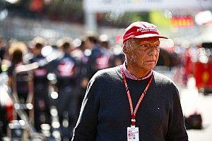 """Lauda: """"Questi incidenti sono poco divertenti, perché Lewis avrebbe vinto la gara"""""""