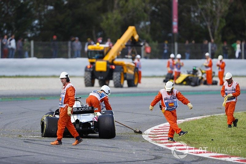"""Grosjean: Garder le pied sur l'accélérateur, """"un réflexe humain"""""""