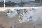 NASCAR Video: Brokkenrace in Talladega