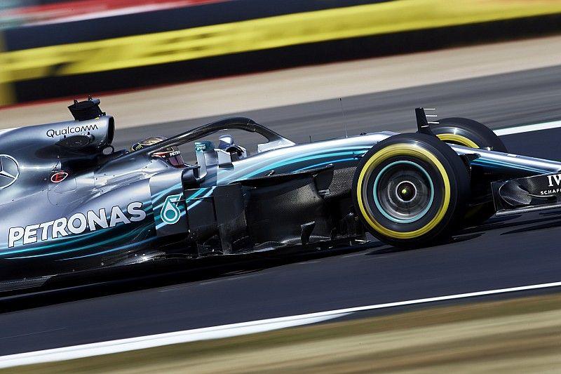Hamilton snelste in laatste training op Silverstone, vijfde tijd Verstappen