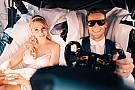 DTM Гонщик Mercedes женился: свадебным экипажем стала машина DTM