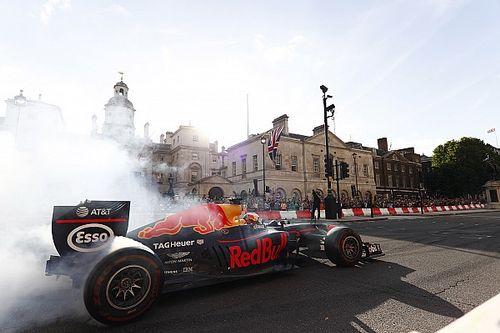 'Suban al tren de la F1 del futuro, pero todos', por Albert Fábrega