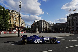 Carros atuais da F1 podem participar de demos em 2018
