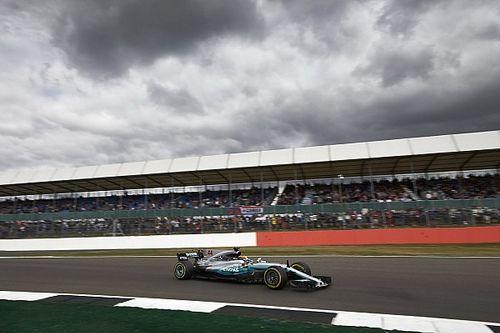 Silverstone, Libere 3: con il fresco Vettel va in caccia di Hamilton!