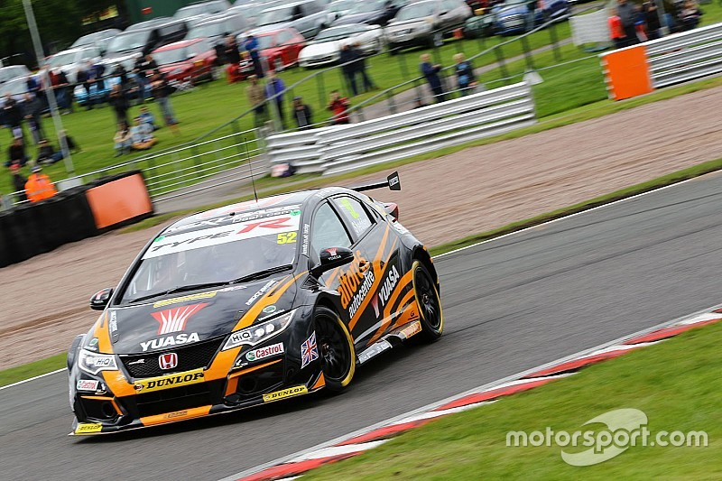 Oulton Park BTCC: Shedden wins Race 3 to extend points lead