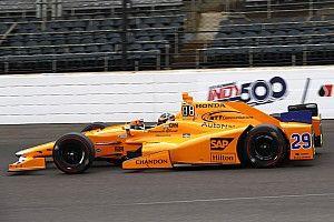 Indy 500: Alonso snelste van 'Fast Nine' in laatste training