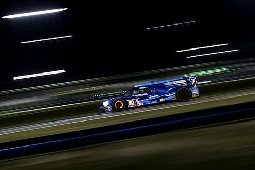 Daytona 24 Hours: Hr13 – Cadillac penalized, rain causes caution