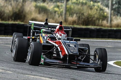 Teretonga TRS: Piquet wins twice red-flagged Race 2