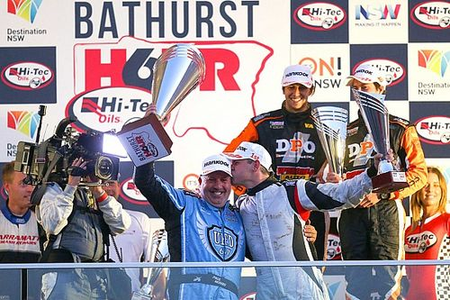 Bathurst 6 Hour: Searle, Morris take victory after late-race pass