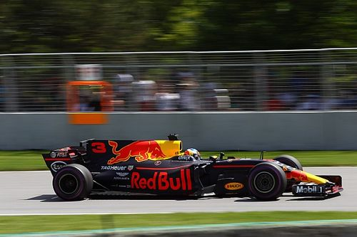 """Ricciardo: Having Mercedes power might be """"scary"""""""