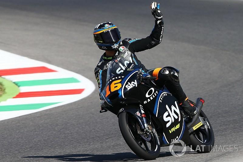 Moto3】ムジェロ決勝:集団の中...