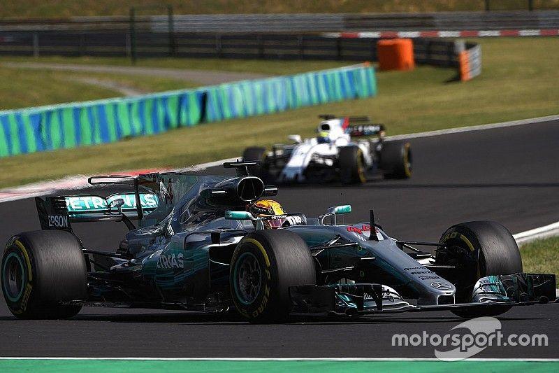 "Hamilton ""always in the way,"" says Magnussen"