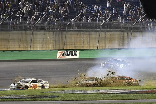 Best scanner sounds from NASCAR at Kentucky - video