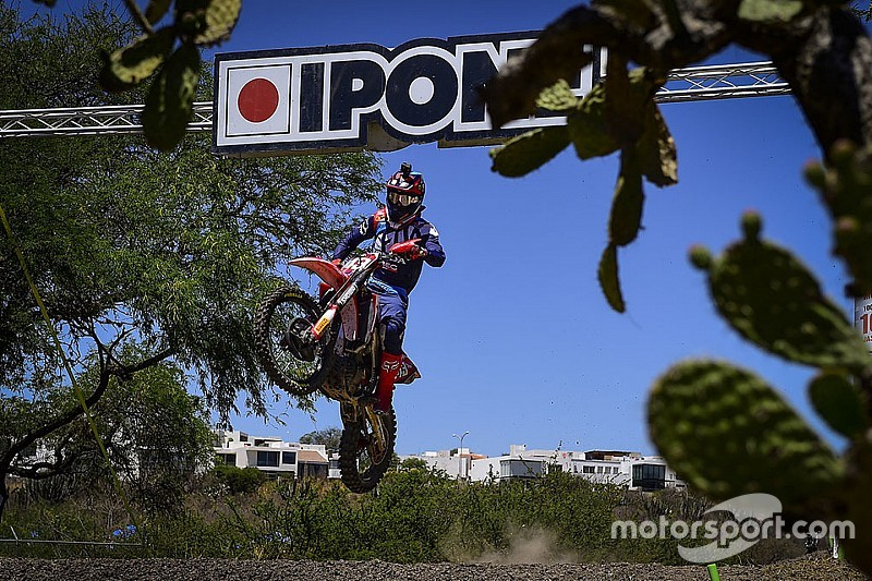 Gajser sigue intratable y Covington gana en MX2; Prado, con problemas