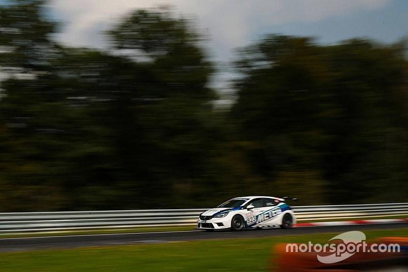 Primo successo in Classe TCR per la Opel Astra al Nürburgring